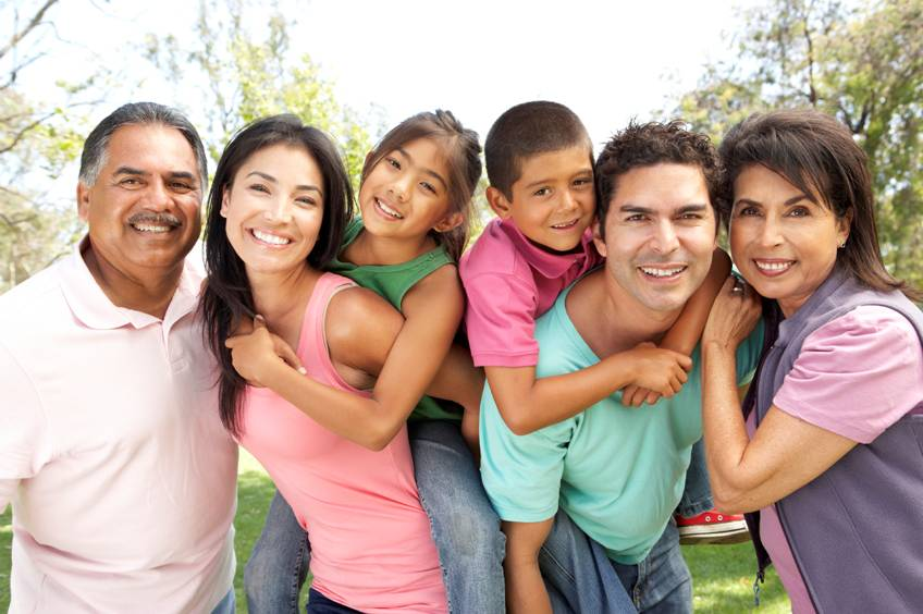 Hispanic-Family-1